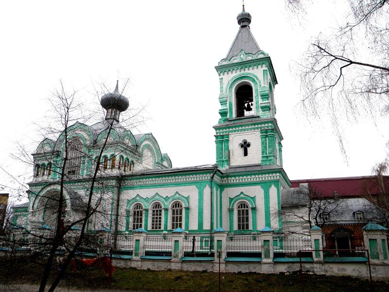 Храм Святителя Николая Чудотворца в городе Валуйки Белгородской области