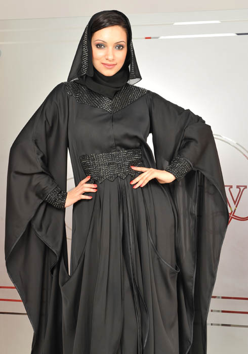 Красивая арабка-мусульманка. Фото