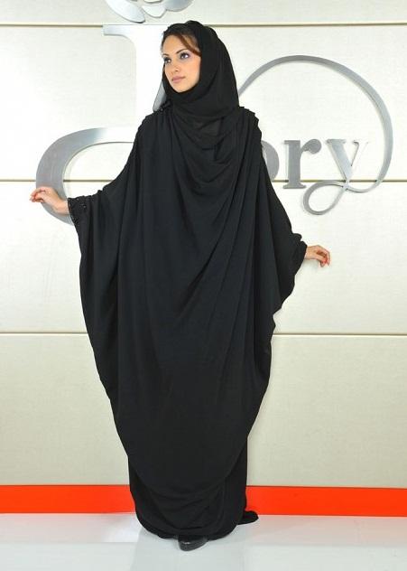 Абайя - мусульманское платье. Фото