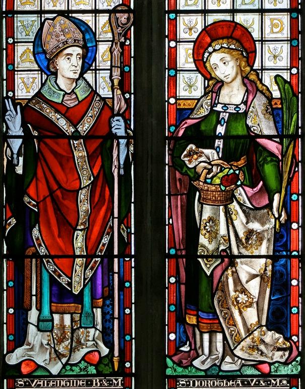 Святой Валентин и святая Доротея. Витраж. Храм Девы Марии, село High Easter (Англия)