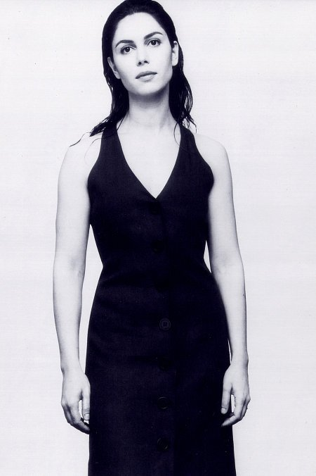 красивая армянка Анна Кондо (Ашдян) - актриса и режиссёр. Фото