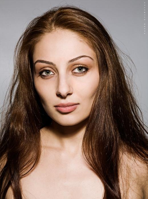Ани Арзуманян - армянская певица. Фото