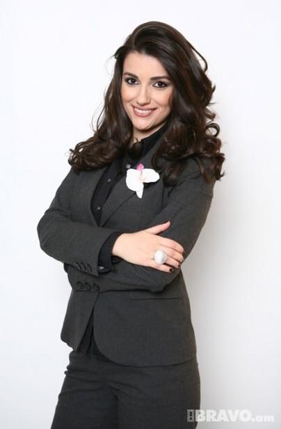 Гоар Гаспарян - армянская телеведущая. Фото