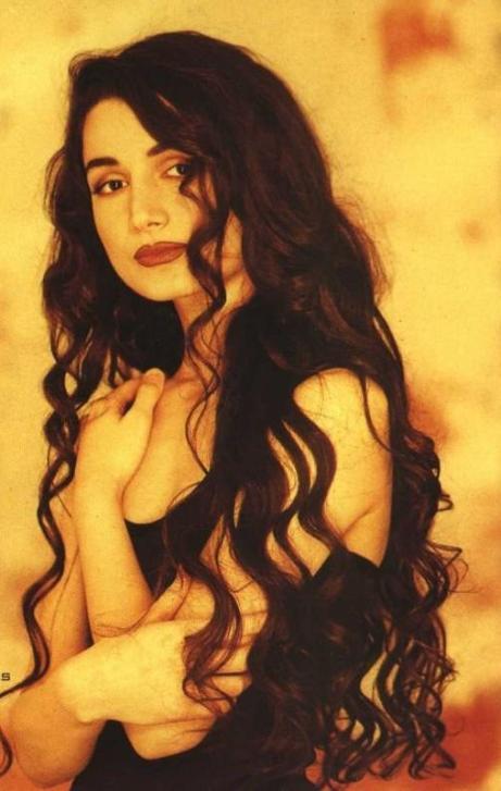 азербайджанская певица Азиза Мустафазаде. Фото