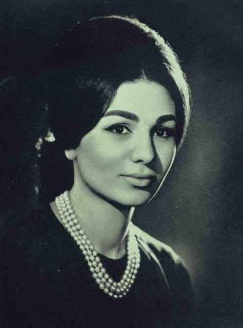 Фарах Пехлеви, императрица Ирана. Фото