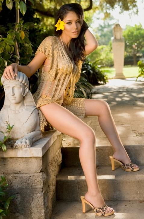красивая азербайджанка Андреа Керимли (Мантеа). Фото / Andreea Kerimli (Mantea). Photo