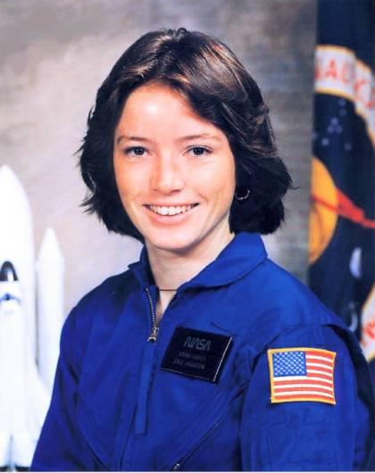 американская женщина-космонавт (астронавт) Анна Ли Фишер. Фото