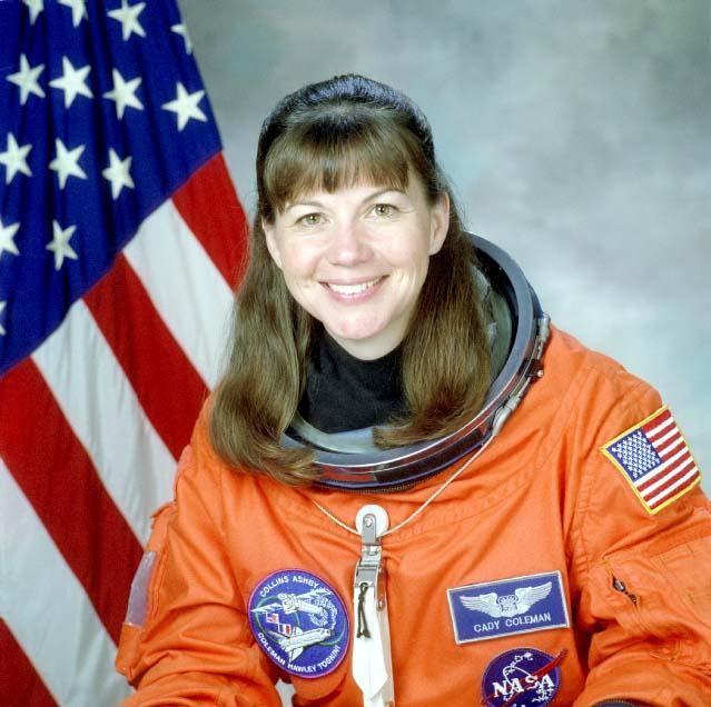американская женщина-космонавт / астронавт Катерина Грейс Коулман. Фото