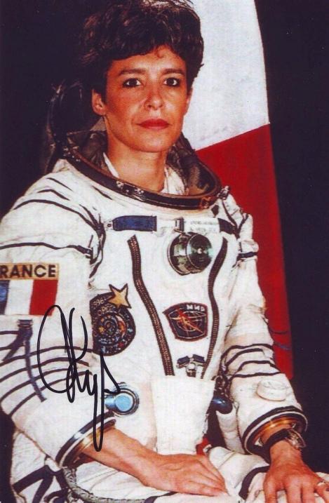первая французская женщина-космонавт Клоди Эньере. Фото