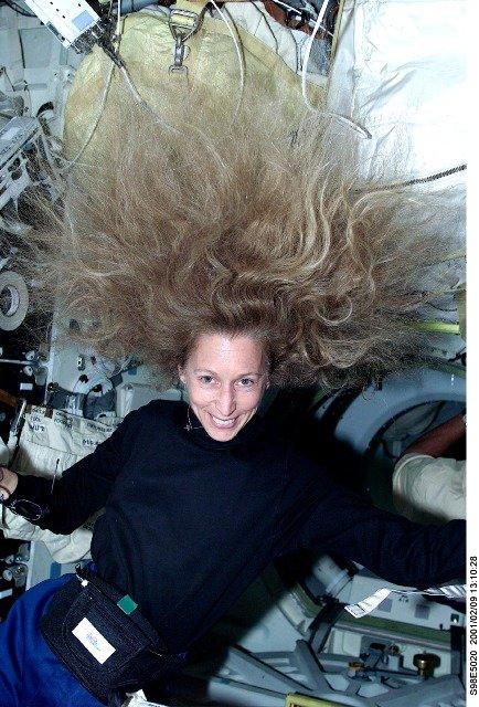 американская женщина-космонавт (астронавт) Марша Сью Айвинс. Фото