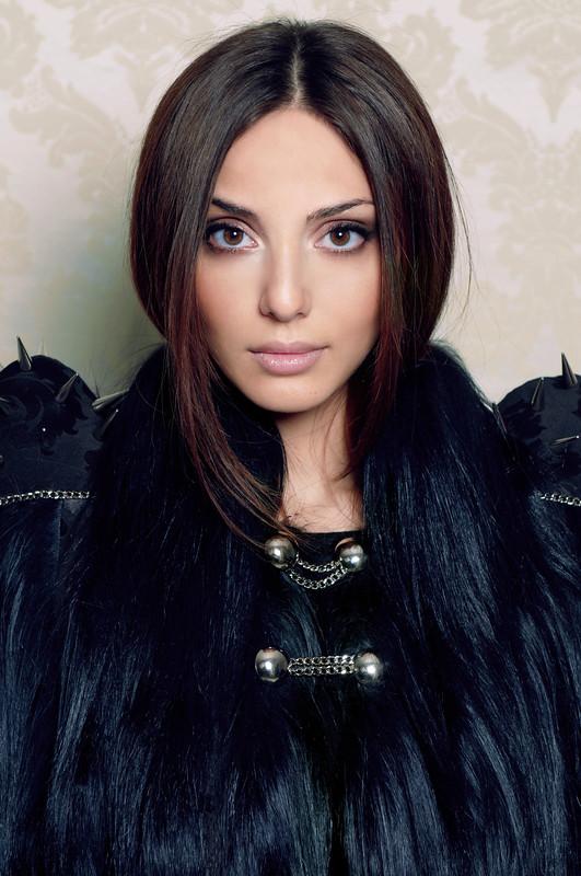 Фото с красивыми армянскими девушками 3 фотография