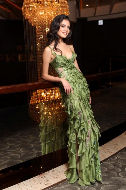 модель Ирина Шарипова, Первая вице-мисс Россия 2010. Фото / Irina Sharipova, first runner-up Miss Russia 2010. Photo