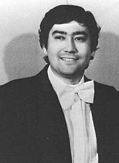 казахстанский певец Алибек Днишев. Фото