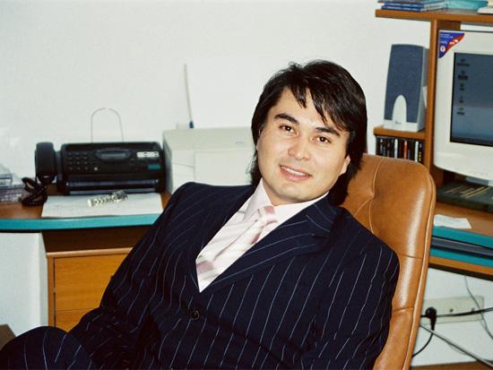 казахстанский продюсер Арман Давлетяров. Фото