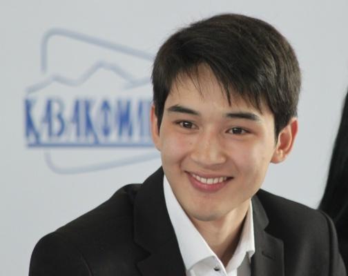 казахский актер Асылхан Толепов. Фото