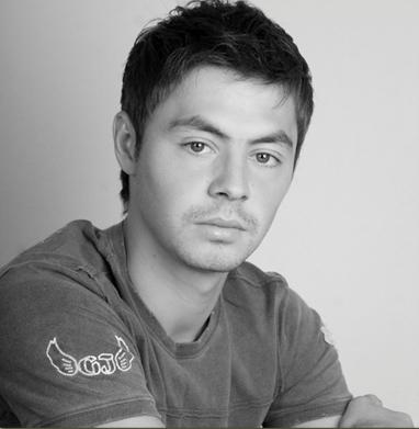 красивый татарин Динияр Билялетдинов. Фото
