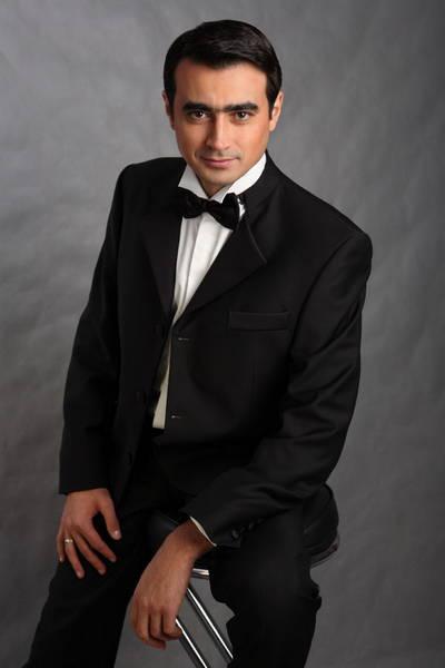 татарский певец Рустем Асаев. Фото