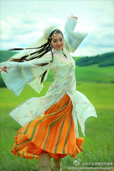 красивая уйгурка Medina Maimaiti. Фото / Uyghur actress. Photo / 麦迪娜·买买提