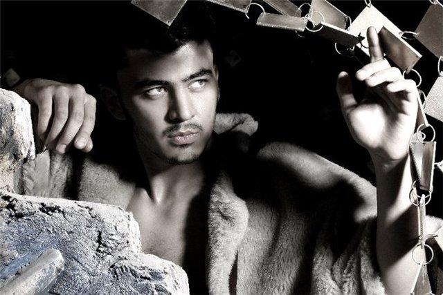 самый красивый узбек Фаррух Соипов. Фото