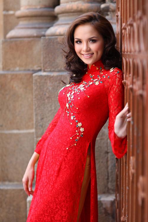 красивая вьетнамка Luu Thi Diem Huong, Miss Vietnam World 2010. Фото