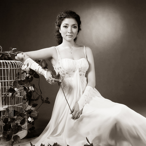 Nguyen Thi Huyen, Мисс Вьетнам 2004. Фото