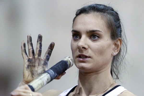 Елена Исинбаева, подготовка к прыжку. Фото