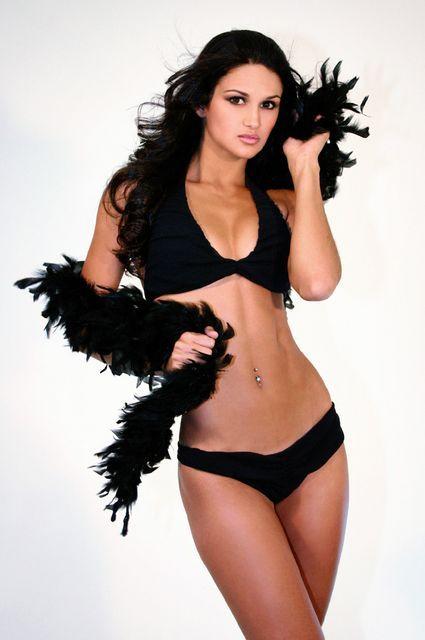 Лерин Франко, красивая парагвайская копьеметательница. Фото