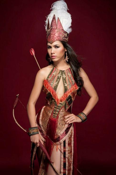красивая вьетнамка Vu Thi Hoang My, Первая вице-мисс Вьетнам 2010. фото