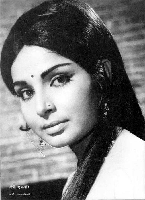 актриса Болливуда Ракхи Гульзар. Фото
