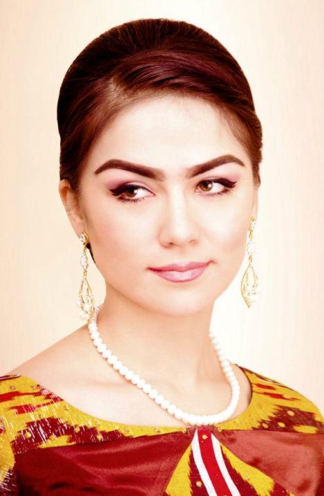 таджикская певица Нигина Амонкулова. Фото