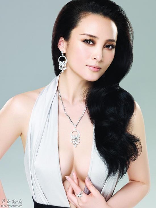 Цзянь Циньцинь / Jiang Qinqin - китайская актриса