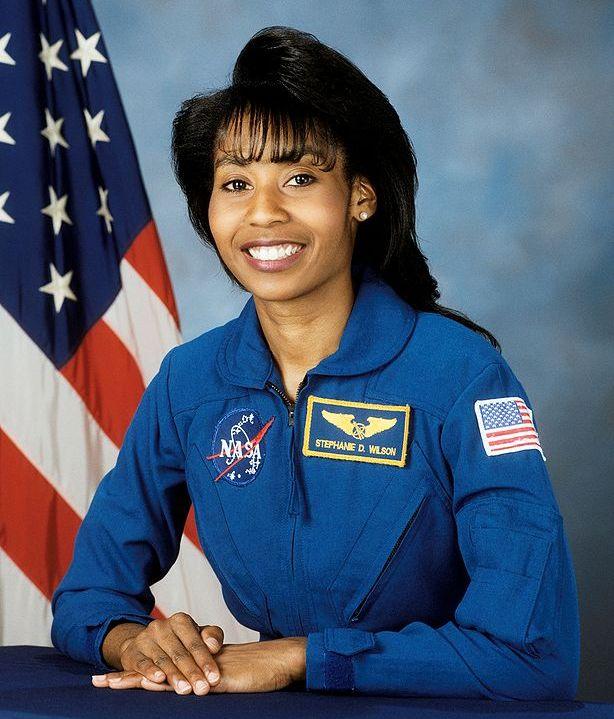 42-я женщина-космонавт - американка Стефани Уилсон / Stephanie Wilson