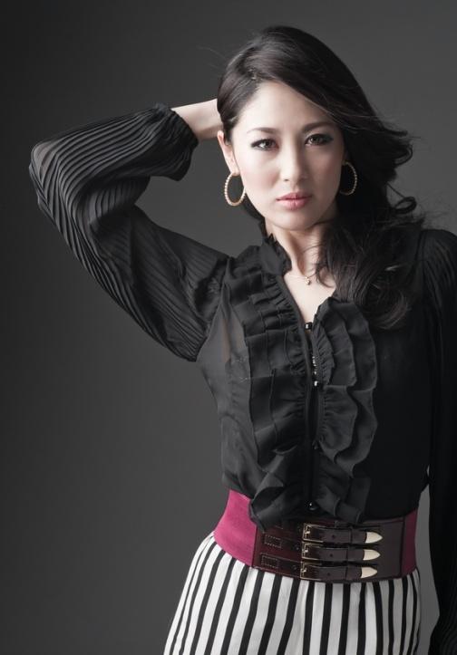 японка Икуми Йосимацу / Ёсимацу - Мисс Интернешнл 2012. фото