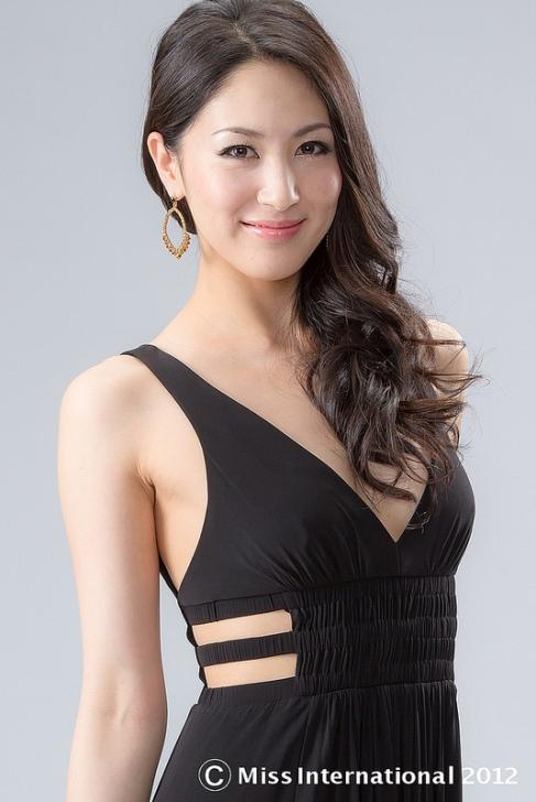 Икуми Йосимацу / Ёсимацу (Япония) - Мисс Интернешнл 2012. фото
