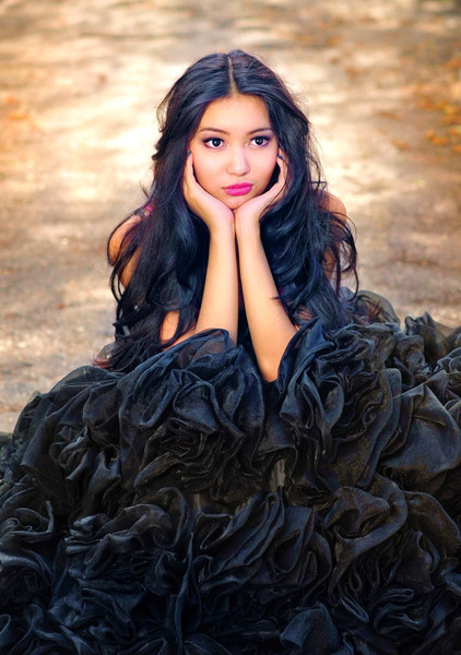 Айгерим Назарбекова - кыргызская модель. фото