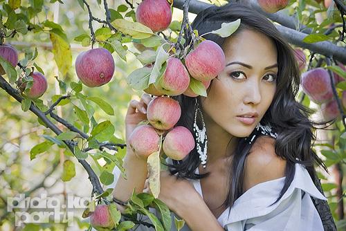 красивая кыргызка Мээрим Атантаева - Мисс Интернет KG 2011. фото