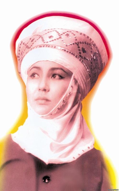 Таттыбюбю Турсунбаева - актриса театра и кино, Заслуженная артистка Киргизской ССР. фото