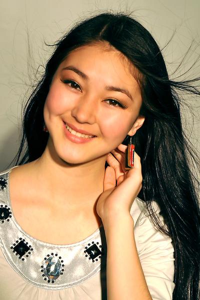 Элина Абай кызы - кыргызстанская актриса. фото
