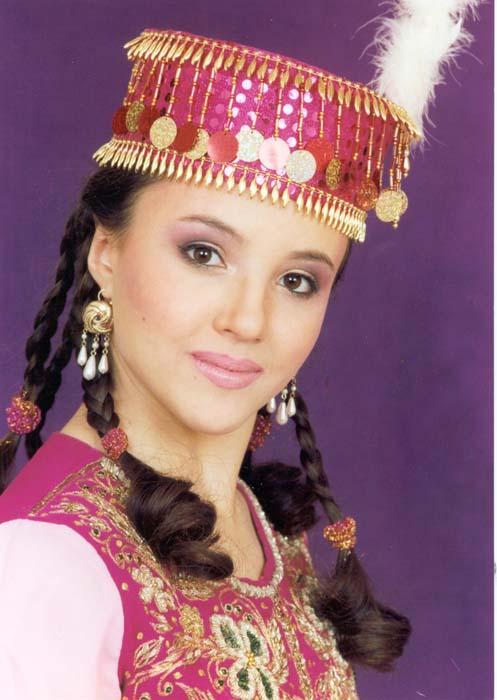 красивая крымская татарка Ленара Османова. фото