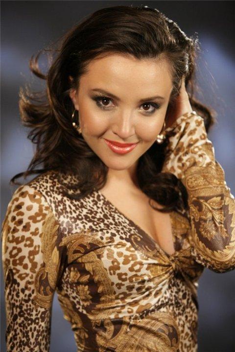 Ленара Османова - крымскотатарская певица