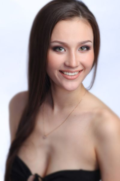 красивая сахалярка Анастасия Санитарова - модель, Краса Якутии 2011. фото