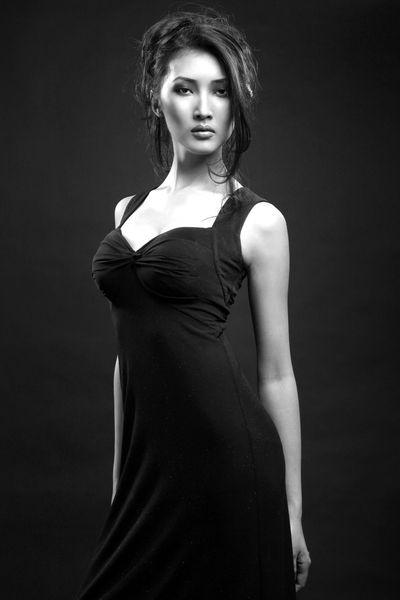 Зарина Сутакова - якутская модель. фото