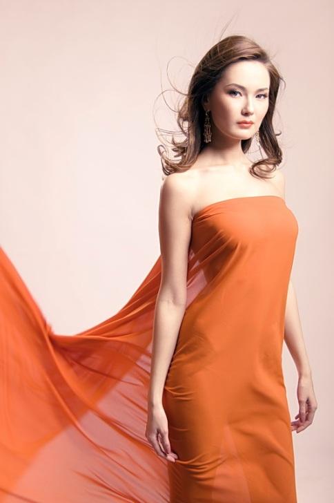 Яна-Мария Ирназарова - модель-сахалярка, Мисс Якутия 2008. фото