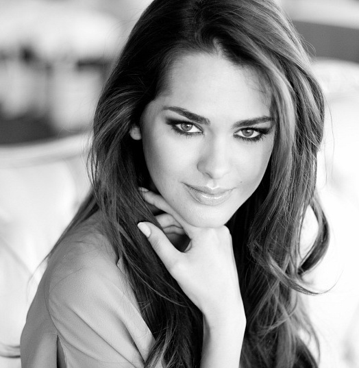 самые красивые украинские девушки: Олеся Стефанко, Первая вице-Мисс Вселенная. фото
