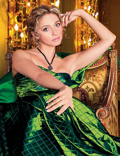 Татьяна Навка - российская фигуристка. фото