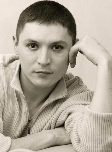 Алмаз Сабирзанов - актер театра имени Г.Камала. фото