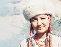 Асель Эшимбекова - актриса, дочь Таттыбюбю Турсунбаевой. фото
