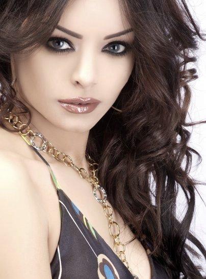Amany Abolnaga - египетская модель и телеведущая. фото