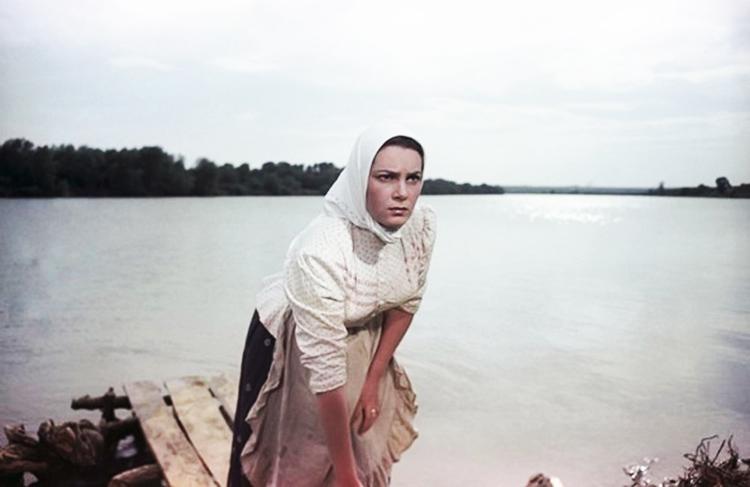 Элина Быстрицкая (Аксинья) в фильме Тихий Дон