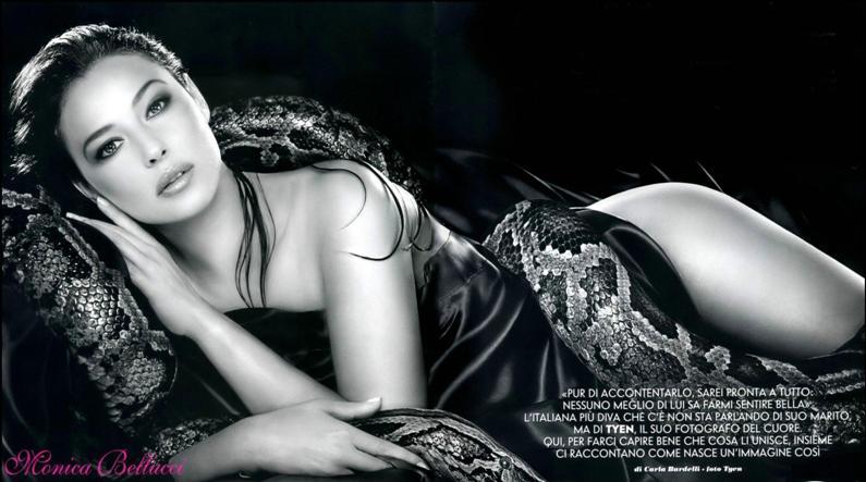 девушка со змеей Моника Беллуччи. фото